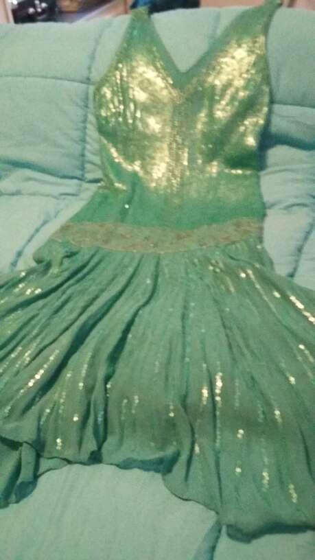 Imagen producto Vestidos fiesta y dos faldas 3