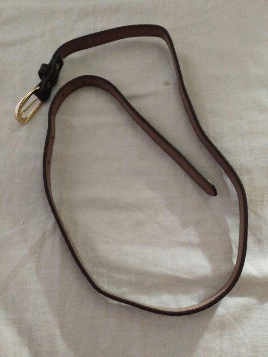 Imagen Cinturón muy fino marrón