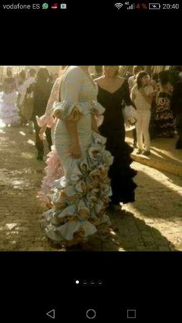 Imagen vestido de flamenca