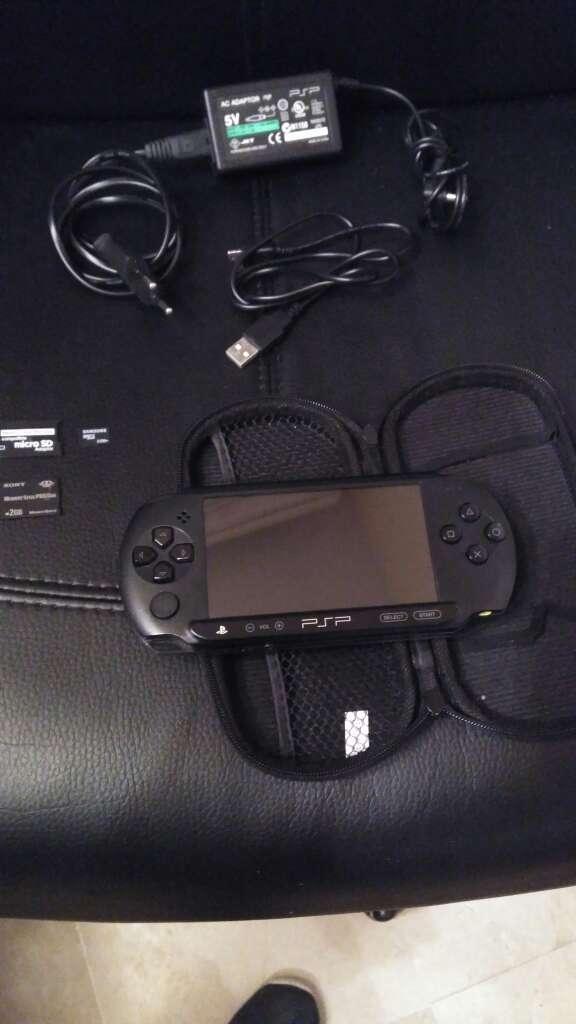Imagen PSP E1000 Flasheada y funda