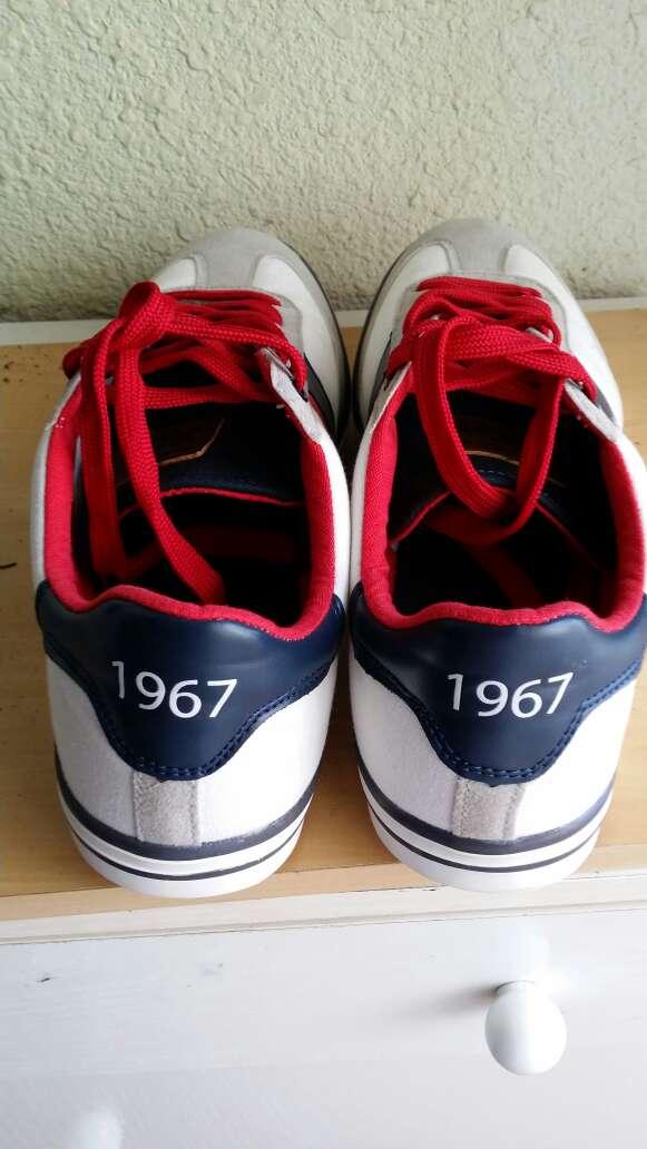 Imagen producto Zapatillas deportivas 45 1