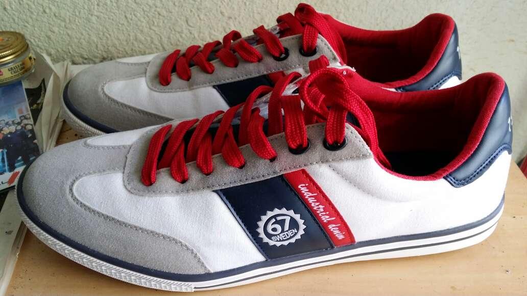 Imagen producto Zapatillas deportivas 45 2