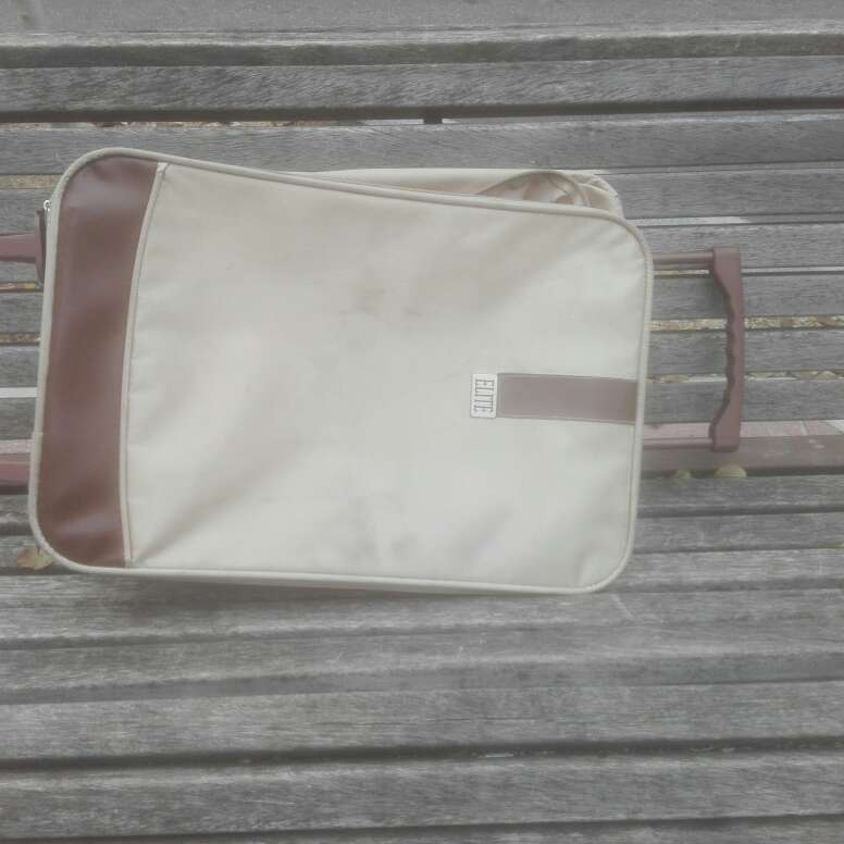 Imagen maleta de mano