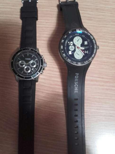 Imagen relojes fossil y porshe