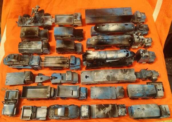 Imagen gran flota de camiones 1/78