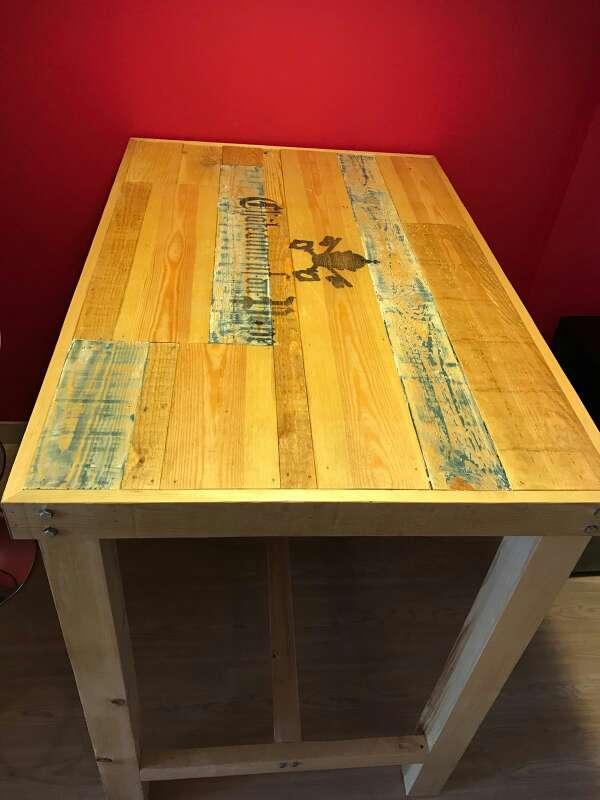 Imagen producto Mesa alta de madera maciza,rustica,vintage,personalizada,a medida,restaurante,cafetería, oficina, cocina,casa 2