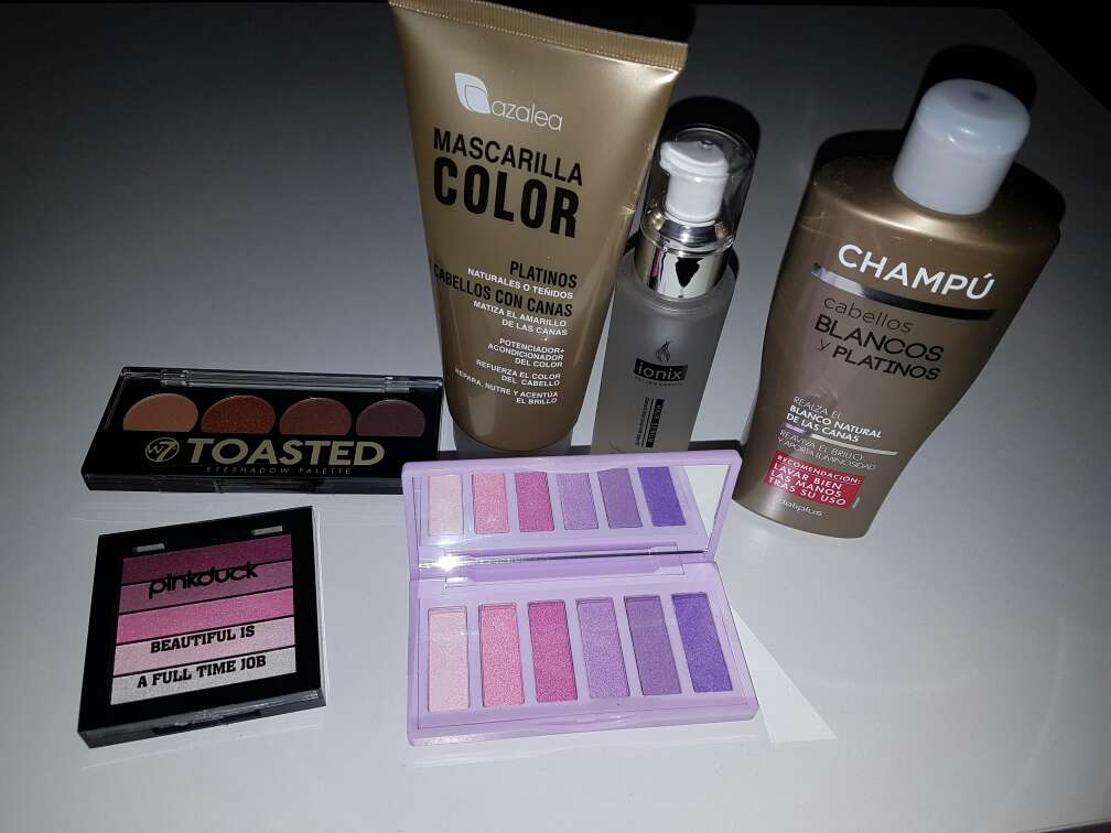 Imagen Maquillaje y productos todo nuevo