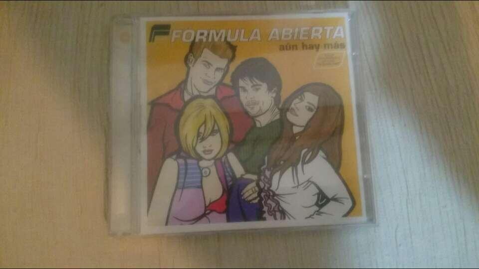 Imagen CD fórmula abierta