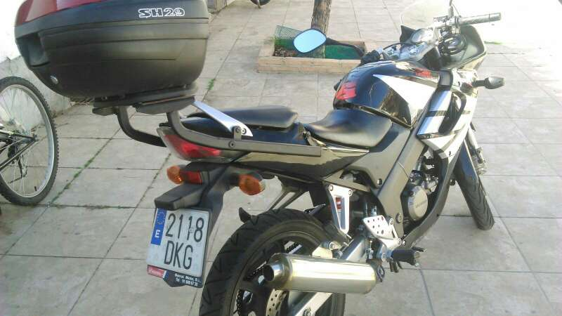 Imagen producto Moto 125 Honda 3