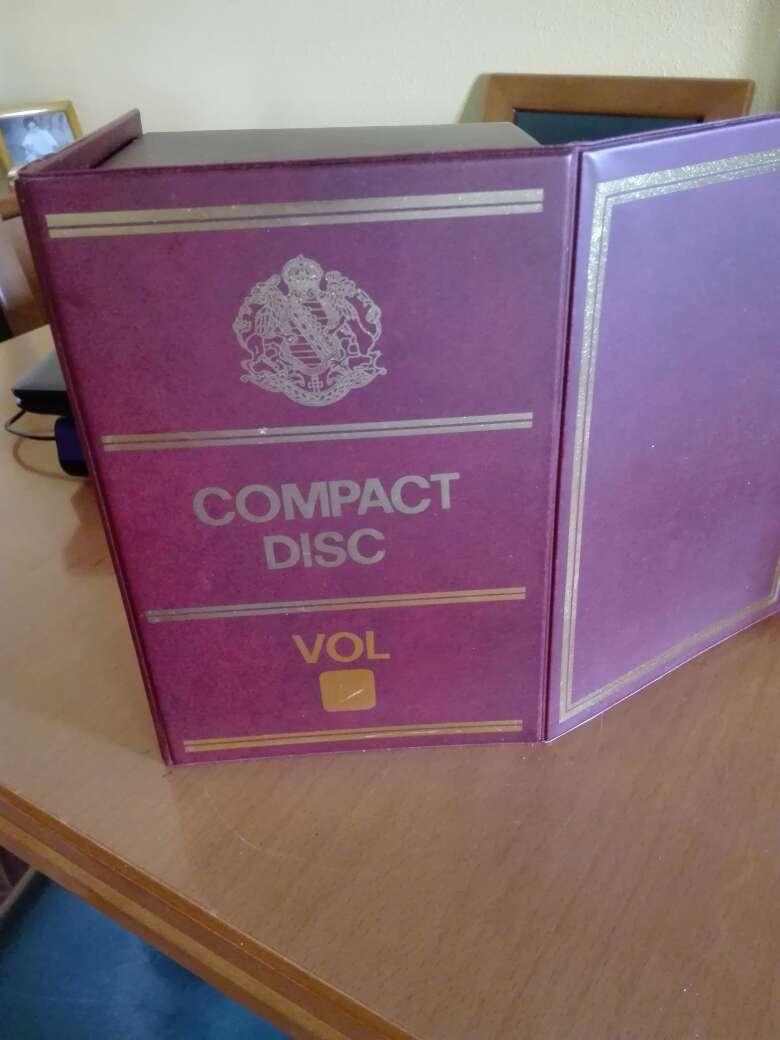Imagen producto Tomos de diez cd en muy buen estado 2