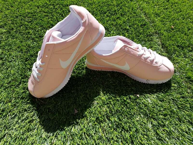Imagen zapatillas Nike en rosa