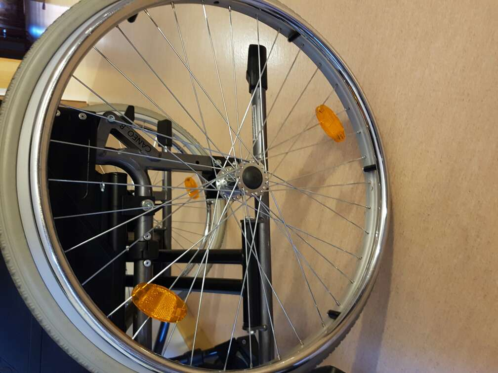 Imagen silla de ruedas en buen estado