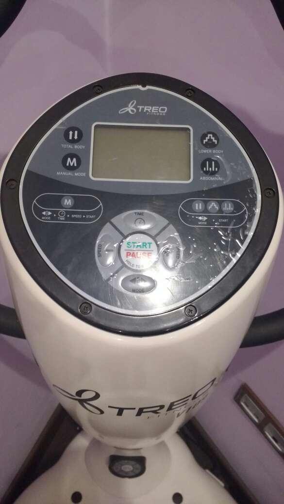 Imagen producto Plataforma vibratoria treo fitness 4