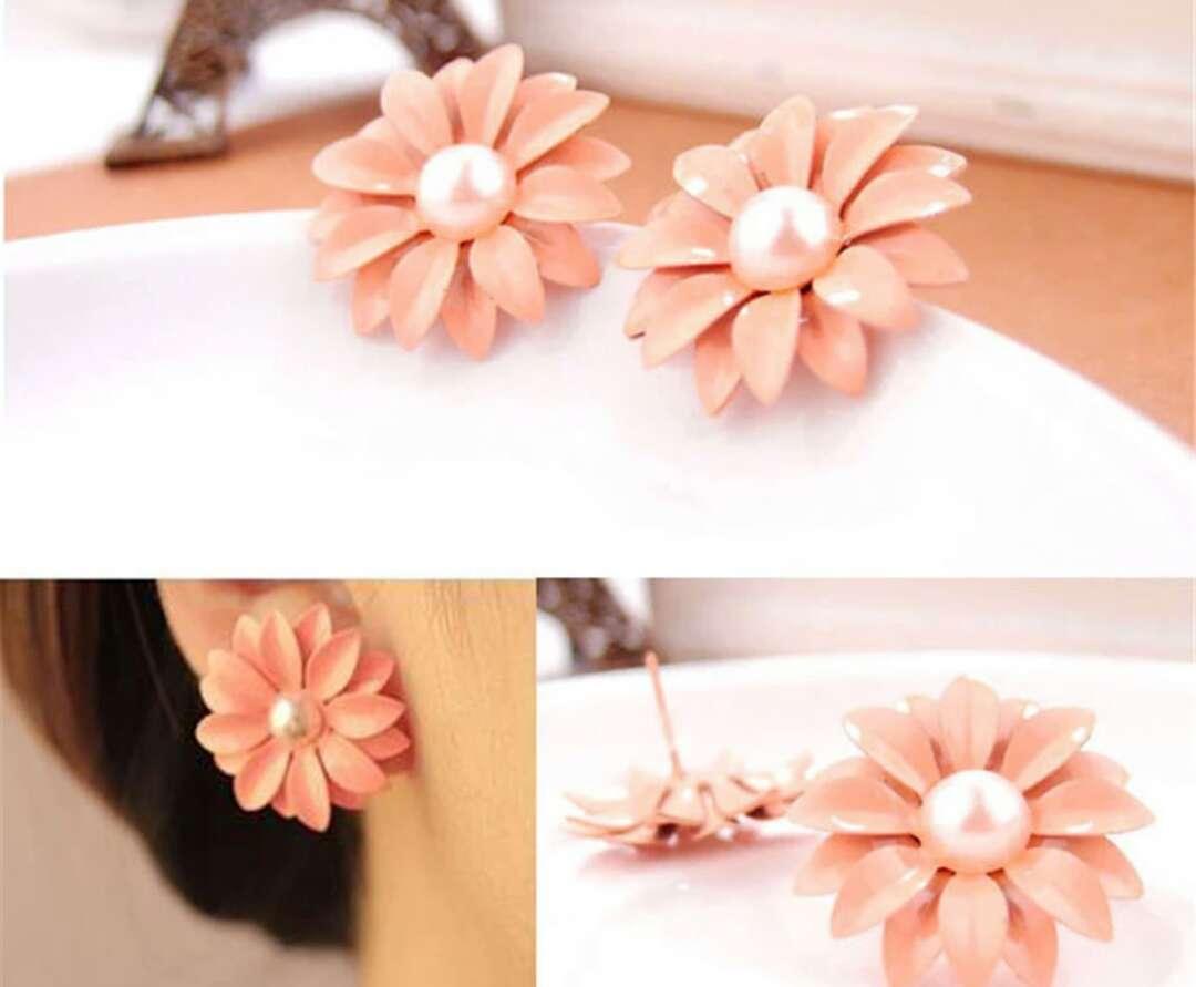 Imagen pendientes Margarita color coral claro ideal para esta primera