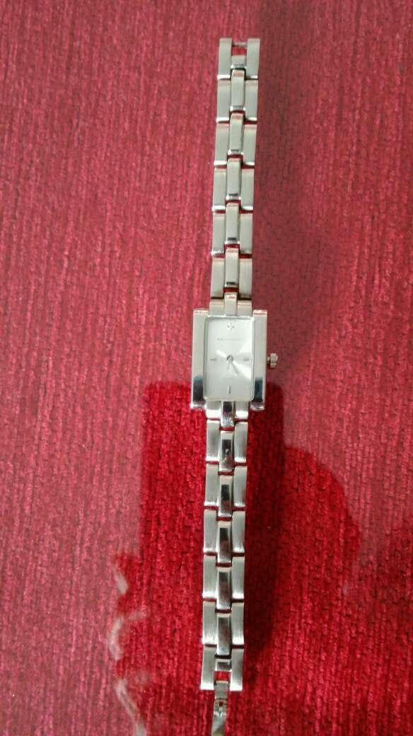 Imagen producto Reloj de acero Quirúrgico medida pequeña entre 17 y 18 cm 2