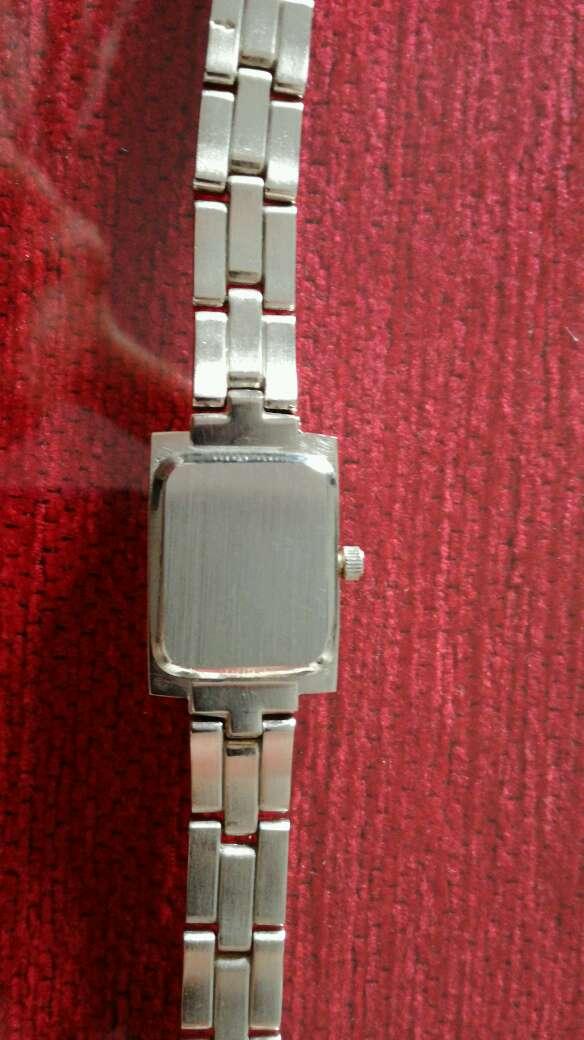 Imagen producto Reloj de acero Quirúrgico medida pequeña entre 17 y 18 cm 4