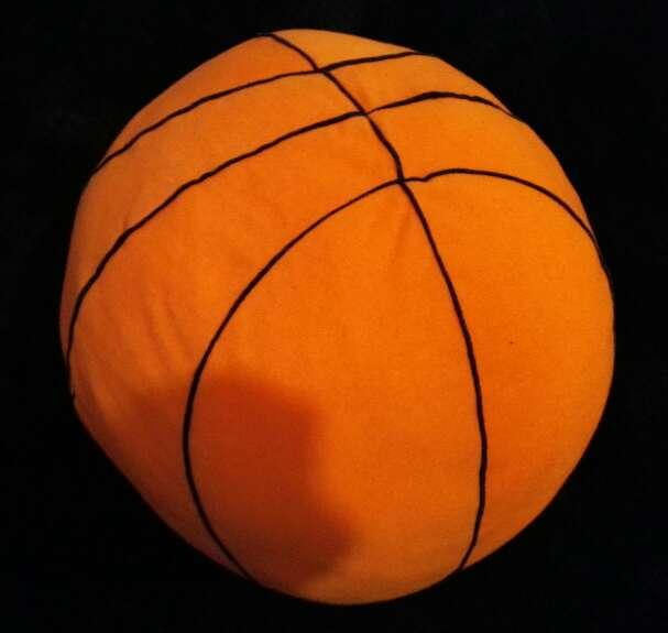 Imagen producto Cojín grande tipo balón de basket 2
