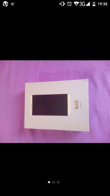 Imagen móvil libre Elephone p8000