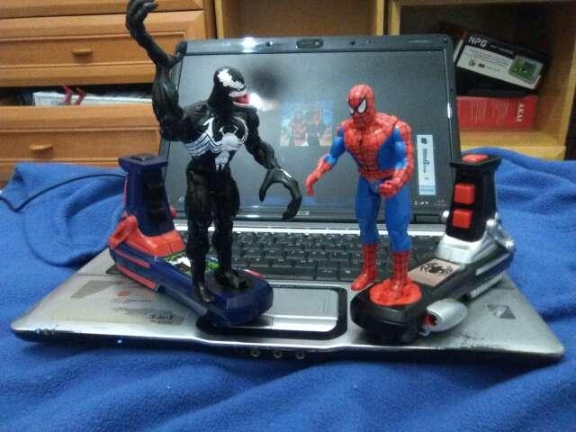 Imagen spiderman y su enemigo