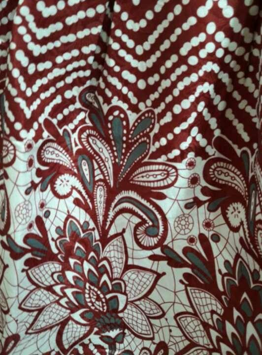 Imagen producto Vestido con etiqueta. 4