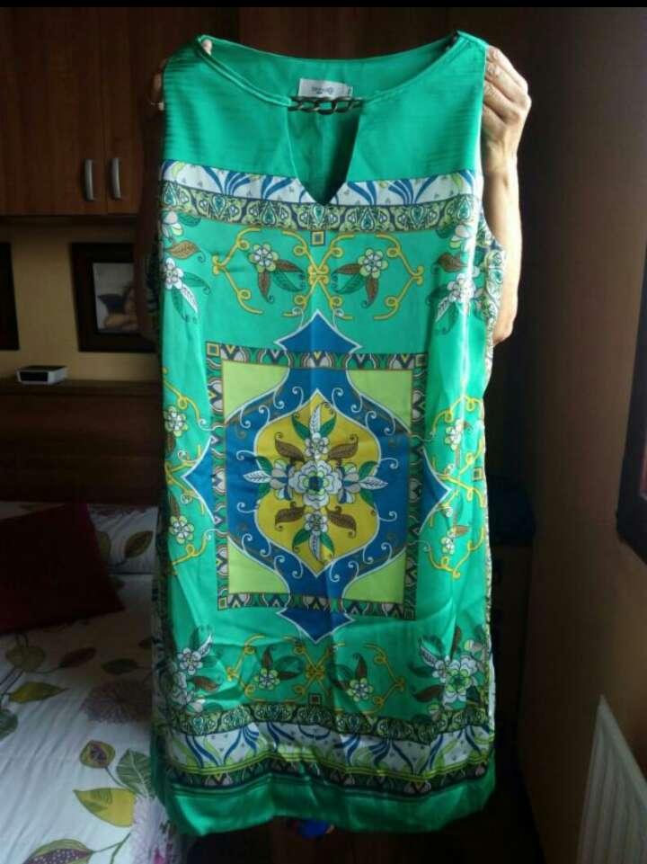 Imagen Vestido seda del Corte Inglés.