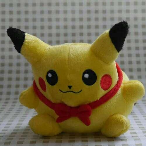Imagen producto Peluche Pikachu Pokemon 3
