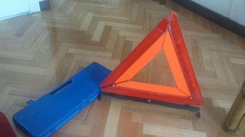 Imagen producto Triangulos homologados 2