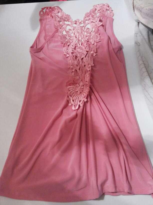 Imagen producto Camiseta rosa 2