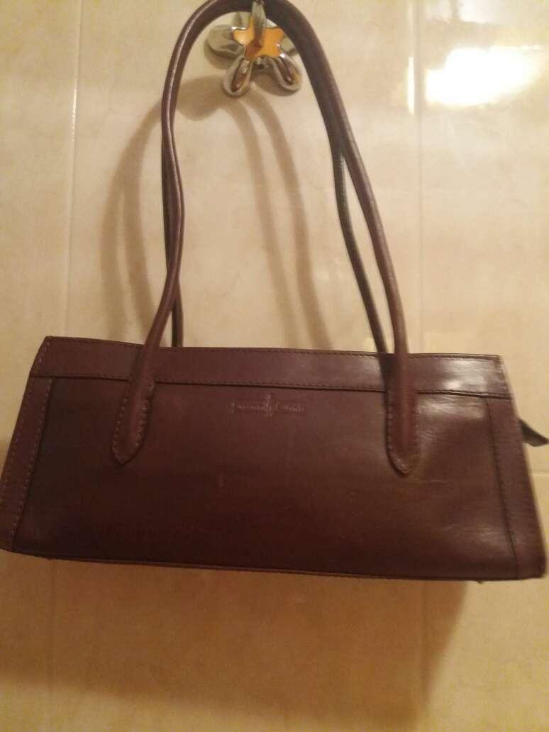 Imagen bolso de piel original de muy buena marca y buena  calidad