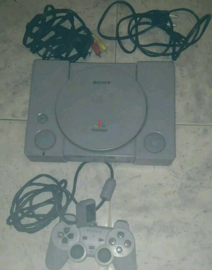 Imagen consola original sony playstation 1 ps1 scph-5552