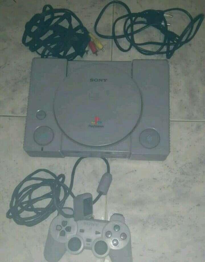 Imagen consola original sony playstation 1 ps1 scph-5552