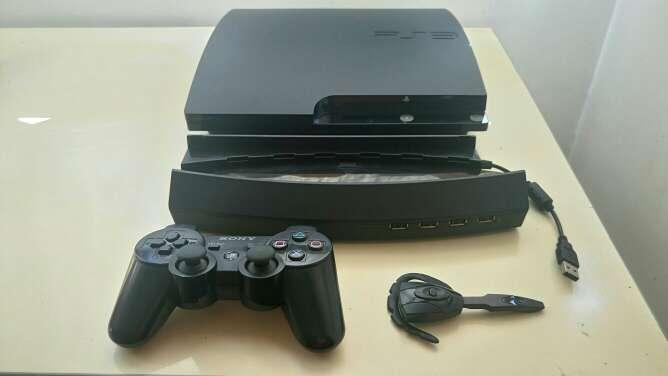 Imagen Consola PS3 320 Gb con accesorios