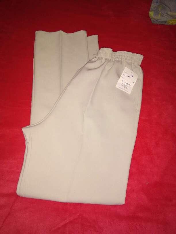 Imagen producto Pantalon talla 42 2