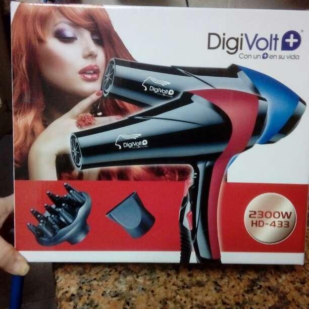 Imagen producto Secador para el pelo nuevo  2