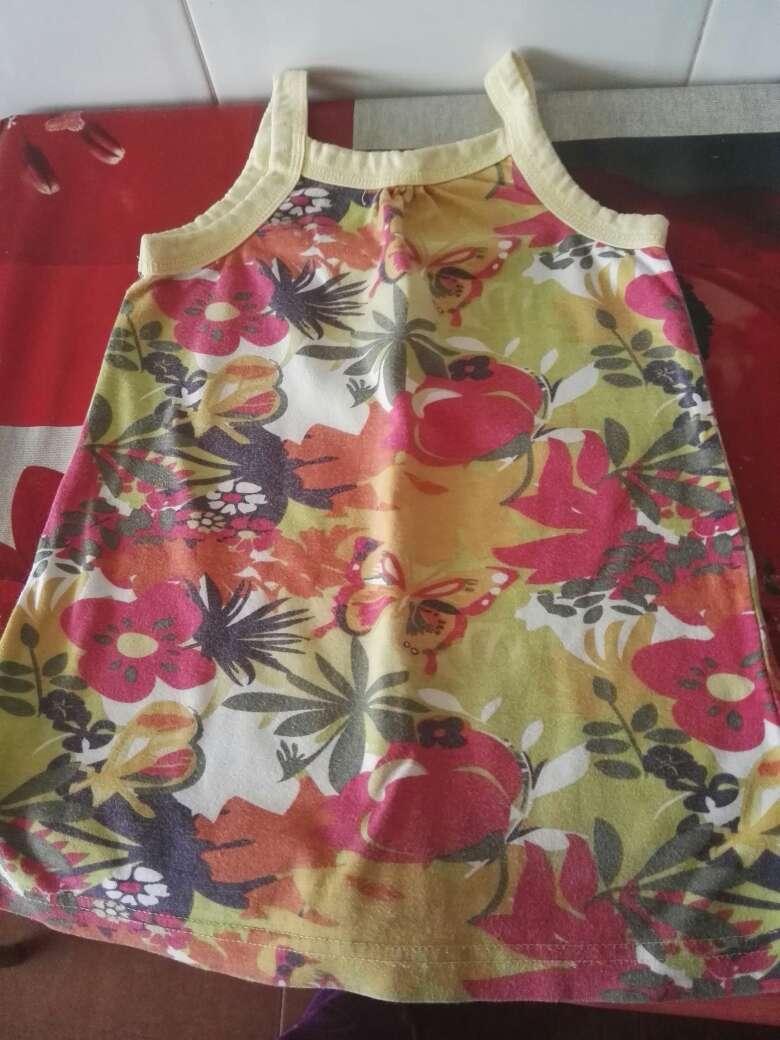 Imagen producto Precioso lote de 3 vestiditos talla 12 meses 2