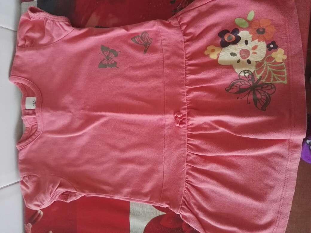 Imagen precioso lote de 3 vestiditos talla 12 meses