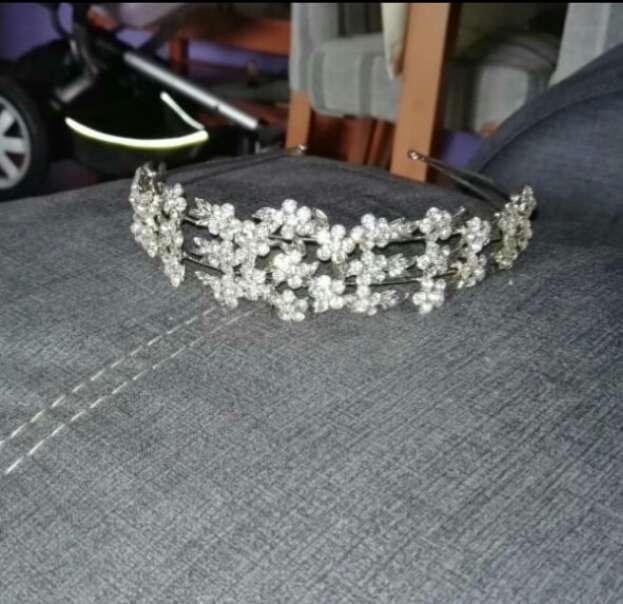 Imagen preciosa tiara de boda pedreria original se puede ver comprada cuando me case