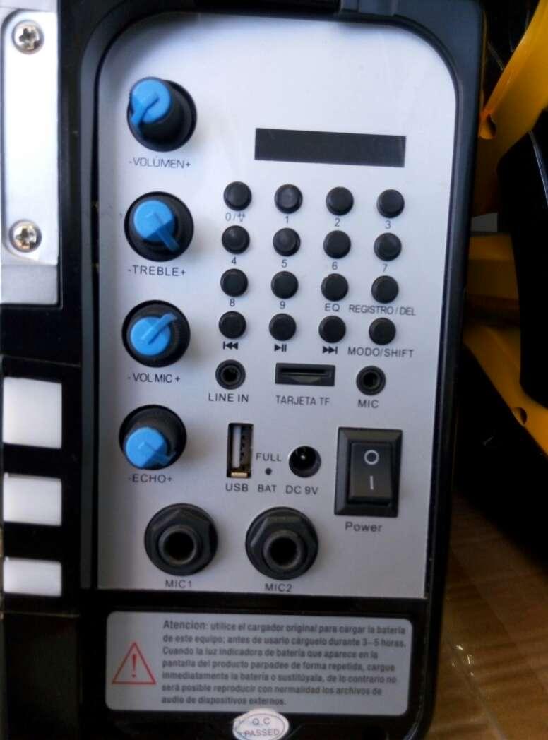 Imagen producto Altavoz portatil a Bateria Go_Rock nuevo. 3