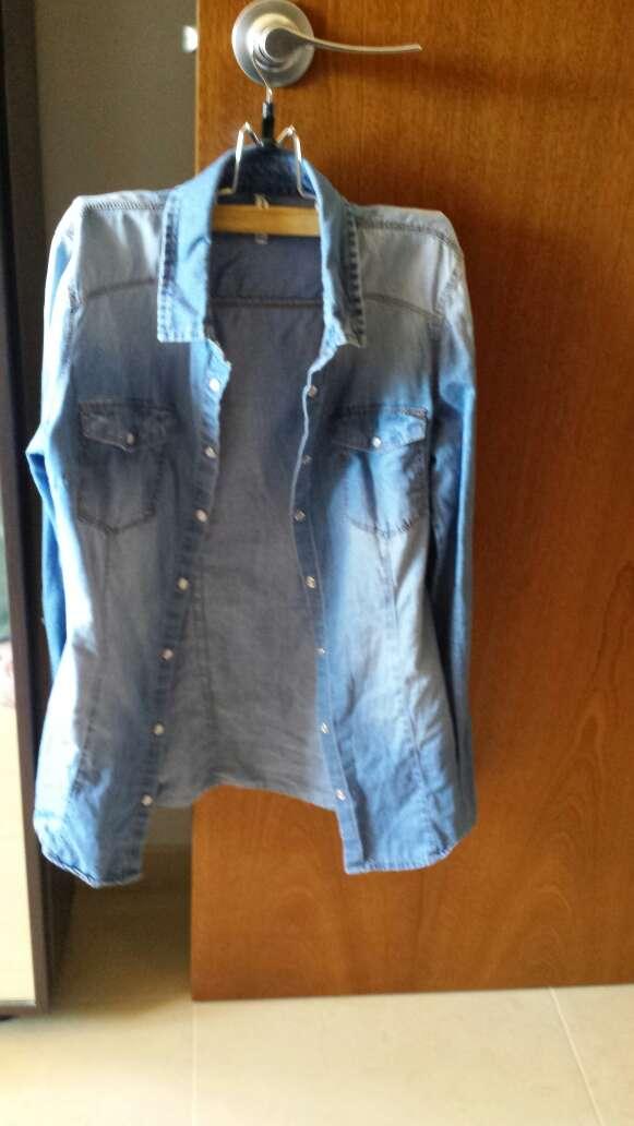 Imagen vendo camisa vaquera