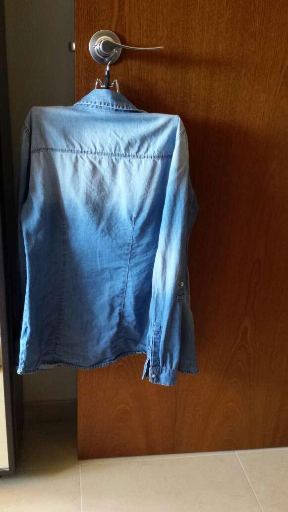 Imagen producto Vendo camisa vaquera 2