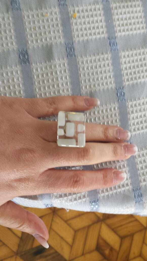 Imagen producto Vendo anillo de cristal 1