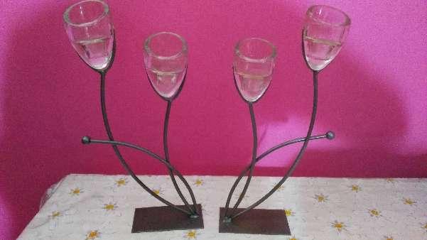 Imagen 2 Candelabros de forja y cristal
