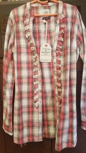Imagen camisa blusa marca Guru Talla L 42-44