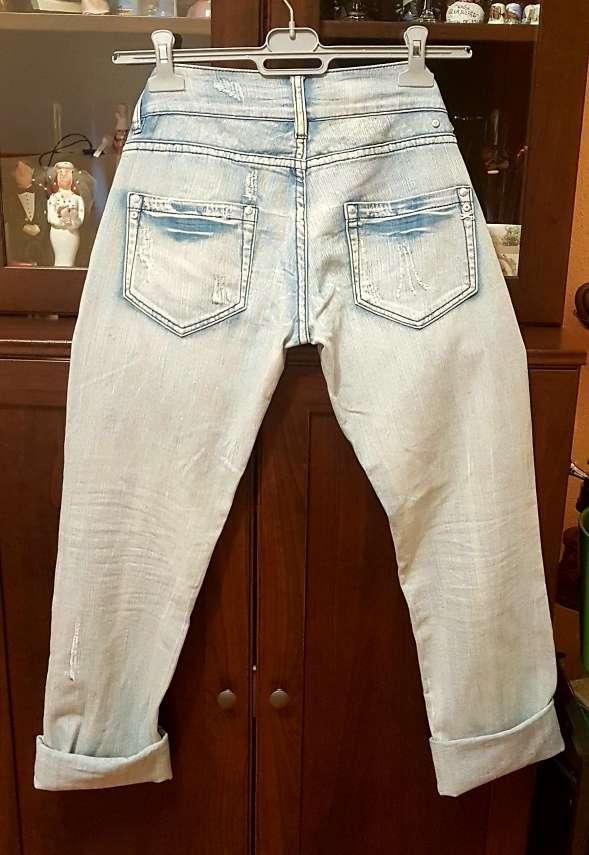 Imagen producto Jeans tejanos rotos italianos talla M 40 3