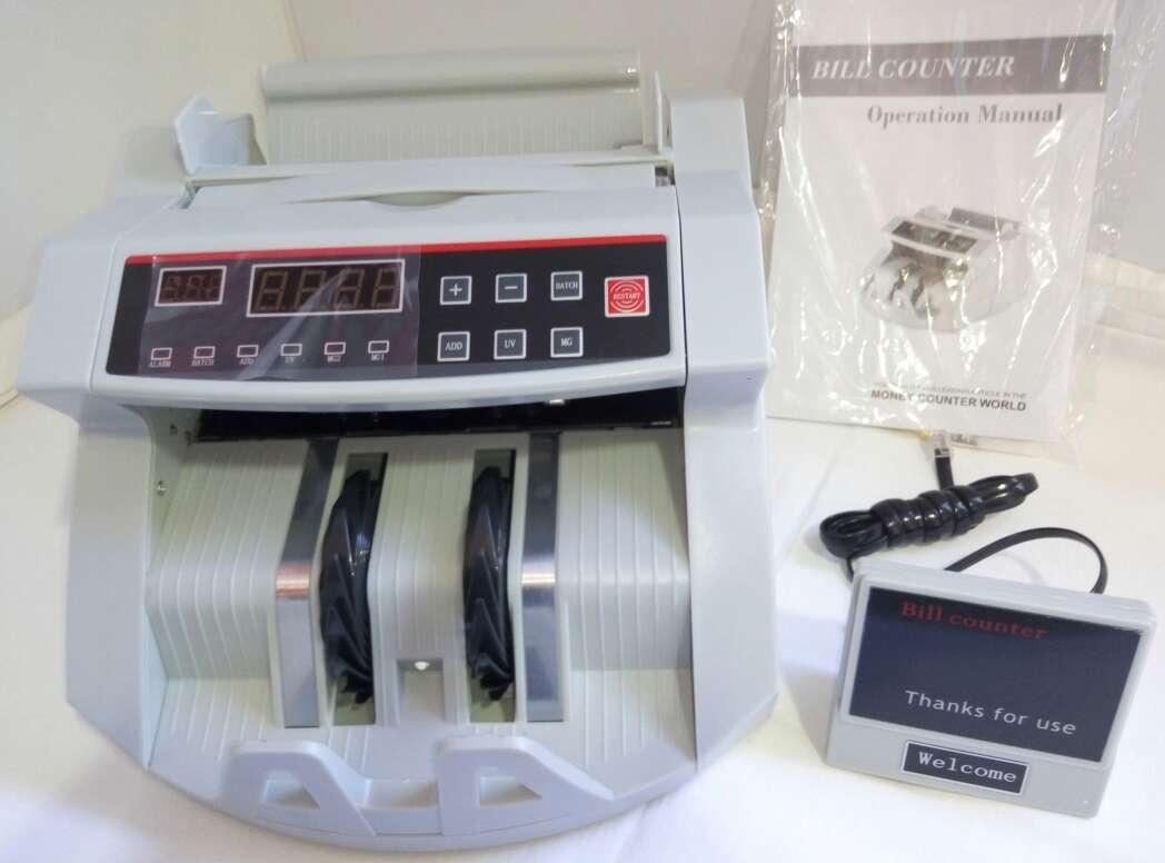 Imagen producto Maquina de contar billetes nueva. 2