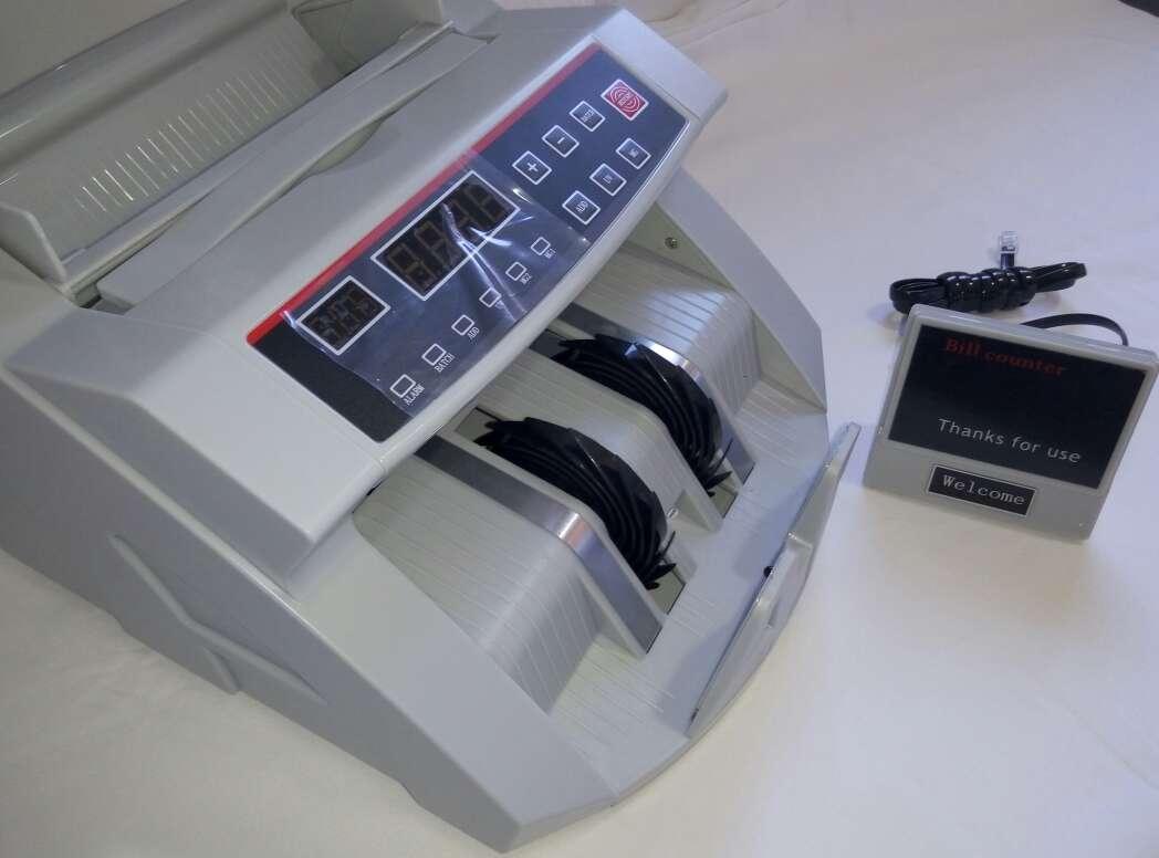 Imagen producto Maquina de contar billetes nueva. 3
