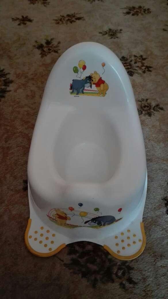 Imagen reductor de baño y orinal