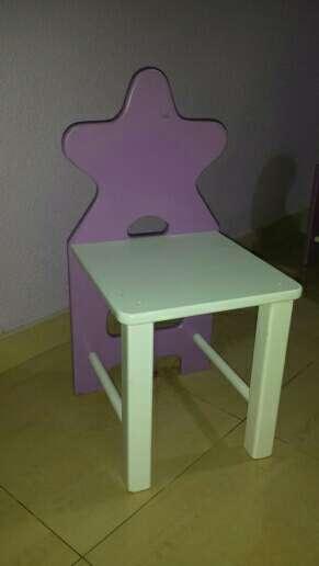 Imagen producto Mesa y sillas  2