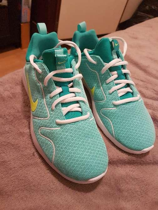 Imagen Nike Chica