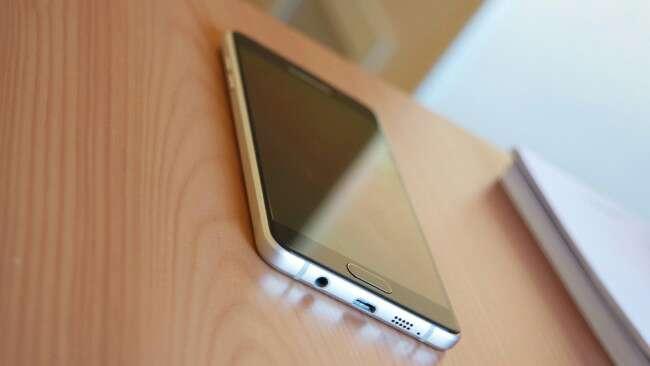 Imagen producto Samsung Galaxy A5 Dorado 2